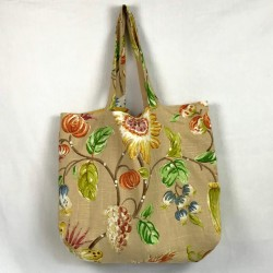 Reversible tote in washed...